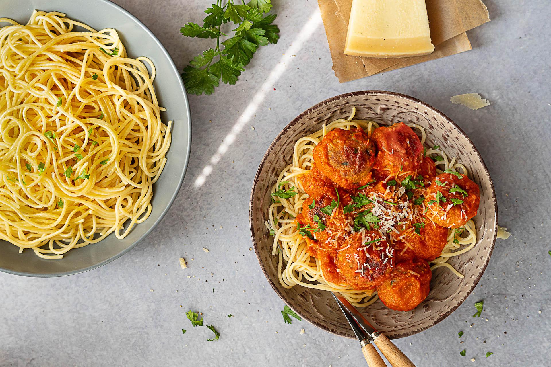Čo variť v nedeľu, Špagety s mäsovými guľkami a paradajkovou omáčkou