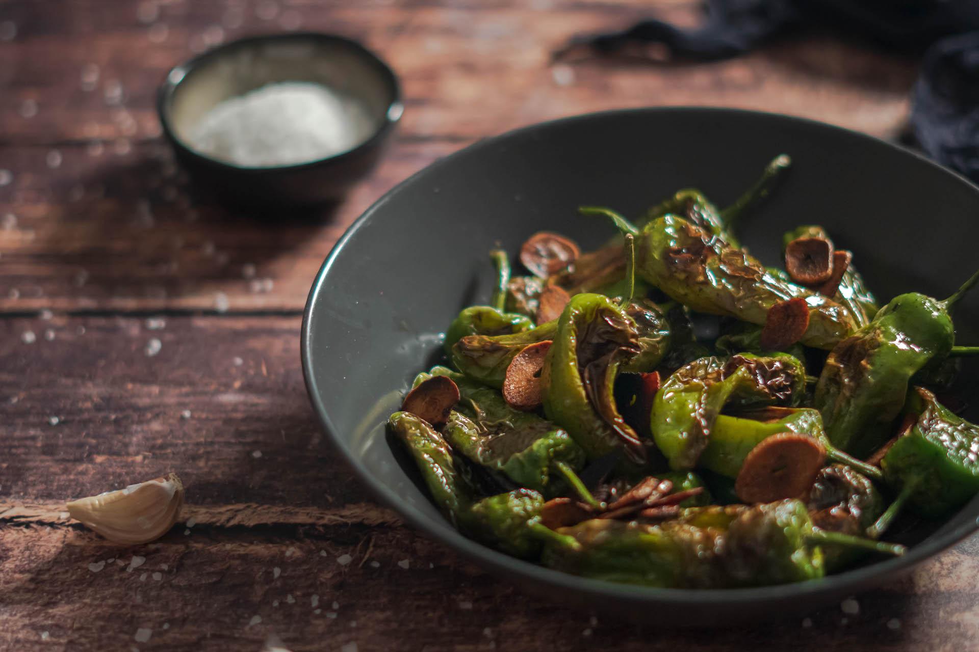 Padrón Peppers, Grilované zelené papriky – Padrón Peppers